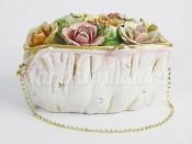 "Шкатулка ""Цветы"" в форме сумочки"