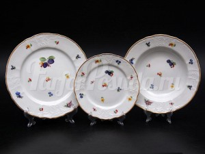 "Набор тарелок для сервировки стола ""Бернадот Слива 7812"" 18шт."